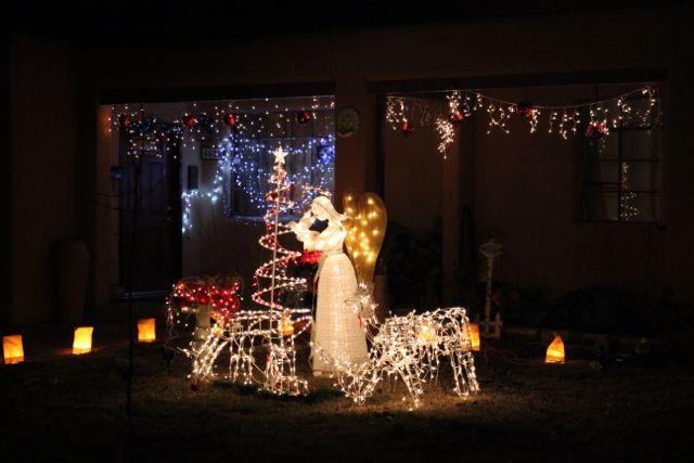 You know I love a good angel and reindeer tableau.