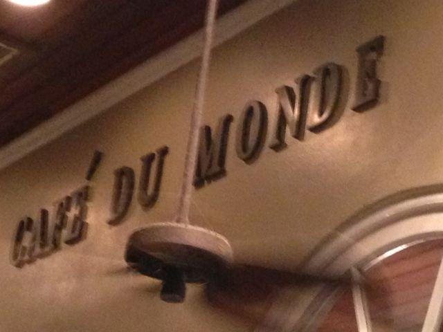 NOLA_CafeduMonde